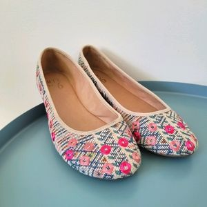 Embroidered Floral Geometric Ballet Flats